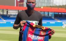 Un jeune sénégalais signe à Barcelone avec une clause de 65 milliards de FCFA