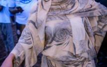 Malgré la décision du khalif, Sokhna Aïda Diallo continue d'acheter des boeufs et chameaux au Mali (images)