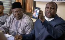 """L'opposant burkinabè Zephirin Diabré avait déjà affirmé, à la veille de l'élection, qu'une """"fraude massive"""" était en préparation. Il dit présenter comme preuve une photo sur son téléphone portable, le 21 novembre, à Ouagadougou."""