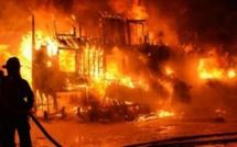 Feu : Un incendie ravage plusieurs dizaines de m2 derrière la SODIDA