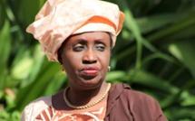 Lutte avec frappe  Drapeau Me Nafissatou Diop Cissé  :  Bruce Lee rate son examen de passage devant Baye Mandione