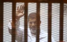 Égypte : l'ancien président Mohamed Morsi condamné à 20 ans de prison