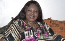 """Ndela Madior Diouf décoche des flèches:    """" On a élu Macky Sall pour 5 ans (...) Tout le monde dit que Marième Faye Sall est jalouse, c'est pourquoi (...) Moustapha Niass a sacrifié mon père (...)"""