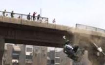 """La démolition spectaculaire du """"pont Senegal 92"""" Regardez"""