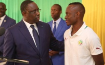 Le chef de l'Etat reçoit les  lionceaux du football   Et, Macky d'allonger 5 millions cfa à chaque joueur et encadreur