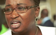 Elène Tine, Bby : « Interdire au député de changer de groupe parlementaire est un recul démocratique»