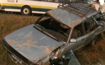 """Thiès : Accident entre un camion et un """"7 places"""", 2 morts"""