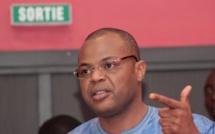Incroyable, mais vrai!   Le ministre de la Jeunesse, Mambaye Niang constitue un pool d'avocats pour défendre les ...10 jeunes qui l'ont attaqué