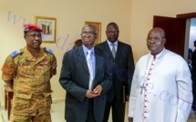 Les images de la rencontre entre le Président Macky  Sall et le groupe de facilitateurs Burkinabé.