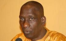 Mamadou Diop Decroix : « Macky Sall gouverne par des slogans pompeux… »