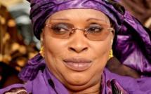 Awa Diop :  » Je reste dans le groupe parlementaire dirigé par Modou Diagne Fada «